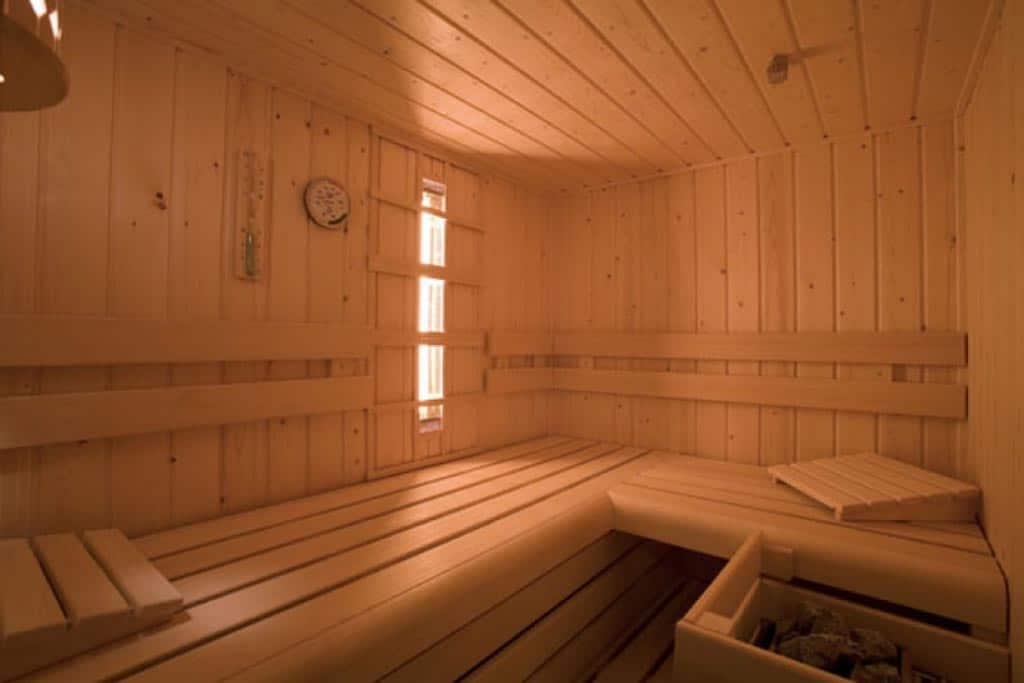 maatwerk sauna interieur vd walle sauna. Black Bedroom Furniture Sets. Home Design Ideas